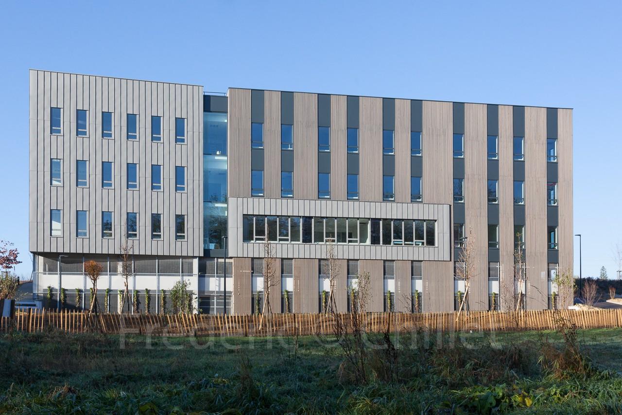 Immeuble-de-bureau-Atelier4+-frederic-chillet-5