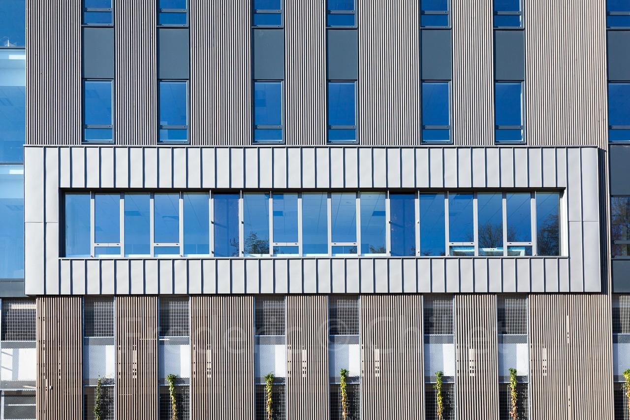 Immeuble-de-bureau-Atelier4+-frederic-chillet-6