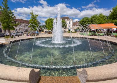 Fontaine-place-du-jet-d-eau-santenay-Frederic-Chillet-1