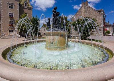 Fontaines-place-de-la-mairie-meursault-Frederic-Chillet-2
