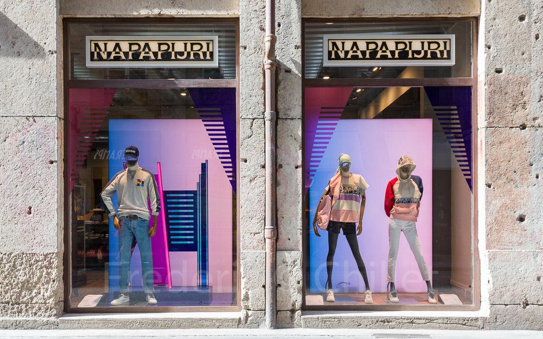 concepteur de vitrine de magasin